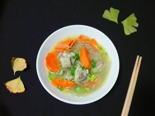 羊油香飘羊排汤,看!一点不腥膻的椒香羊油羊排骨汤好吃又漂亮😋