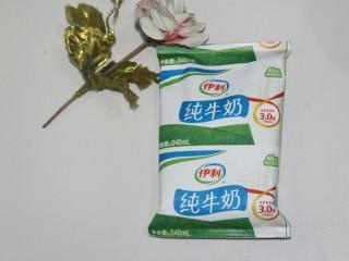 红豆蓉黑枣羹,纯牛奶150g