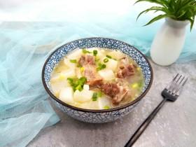 牛排萝卜滋补汤