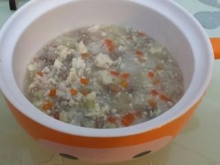 辅食:牛肉豆腐粥