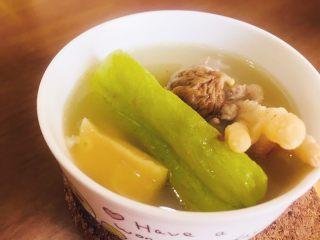 🍲佛手瓜响螺煲无花果汤,一碗滋润肌肤的汤水,可以经常煲来喝