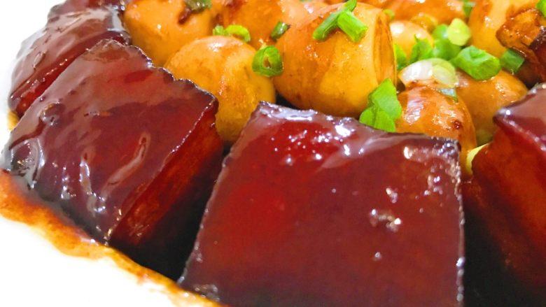 黑酱油+腐乳红烧肉