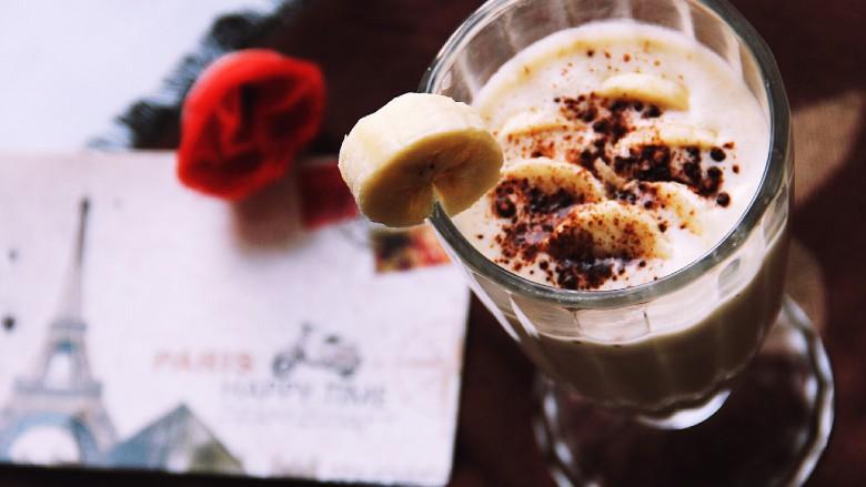 香蕉奶昔奶油杯