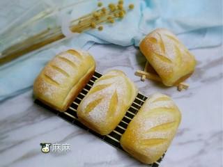 全麦黑提面包,成品图