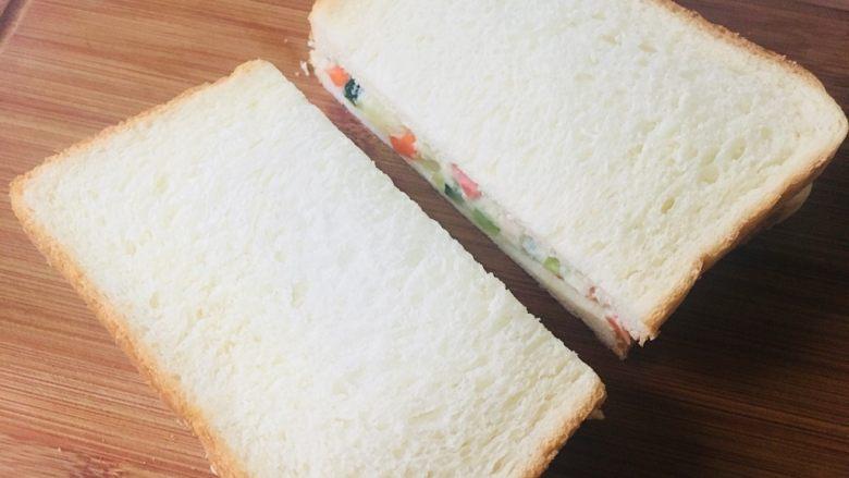 土豆泥三明治,中间切一刀