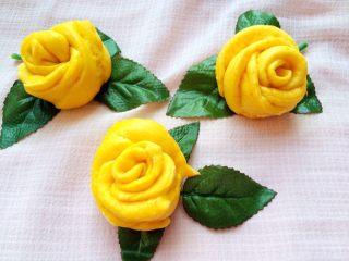 吃掉一朵花+南瓜玫瑰花馒头