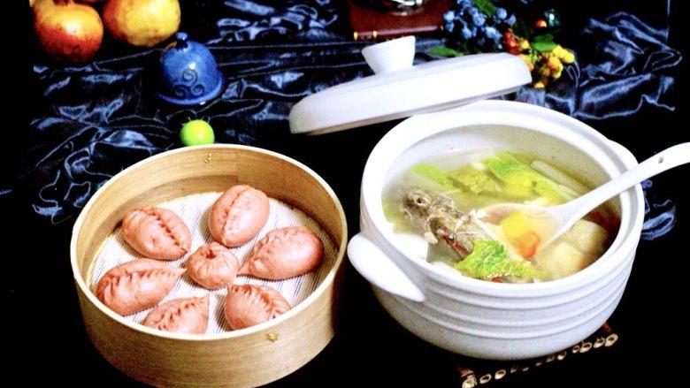 吃掉一朵花+萝卜丝柳叶包&清炖红蟹鱼汤,就是这么任性、一锅端、在这寒冷的季节里、吃上这么一顿热乎乎香喷喷滴饭菜、幸福又满足哟