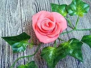 吃掉一朵花+玫瑰花馒头,敏茹意作品:玫瑰花馒头