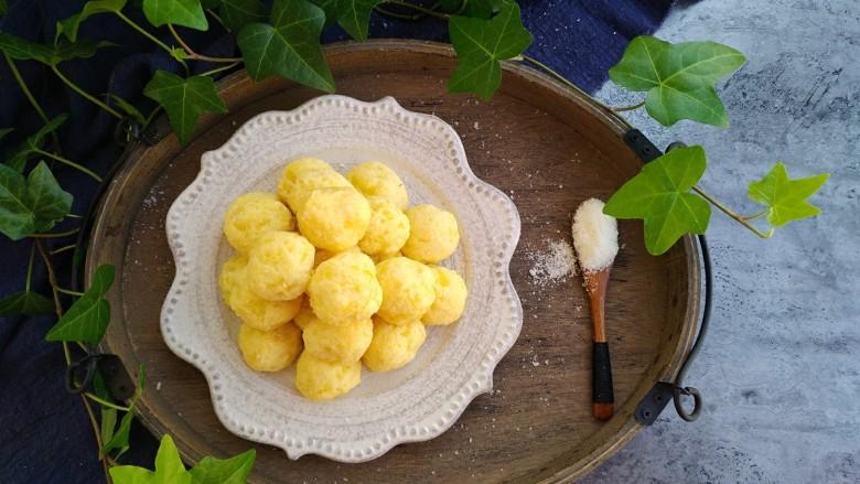 椰蓉土豆球