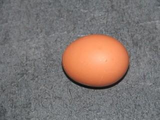 巧克力松饼,准备一个鸡蛋