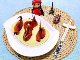 螃蟹蒸蛋羹,美味要和大家一起分享噢