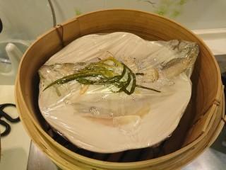 清蒸鱸魚,蒸好了。