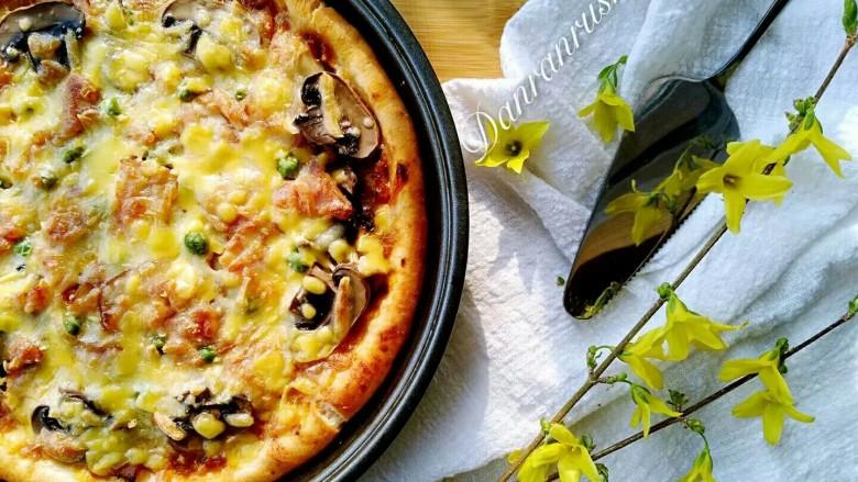 培根口蘑芝香披萨