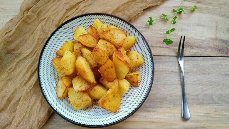 孜然香辣土豆块,当小零食非常不错哟