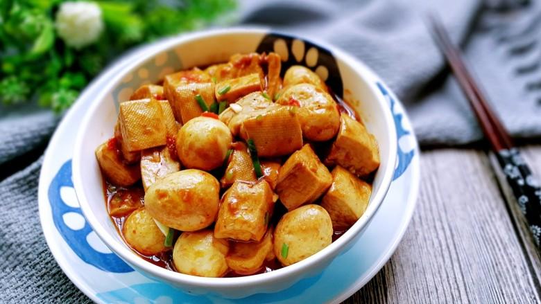 鹌鹑蛋烧豆腐
