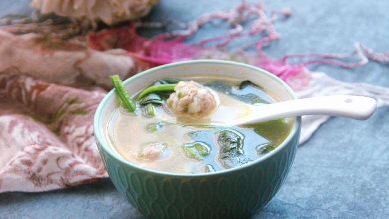 菠菜猪肉丸汤