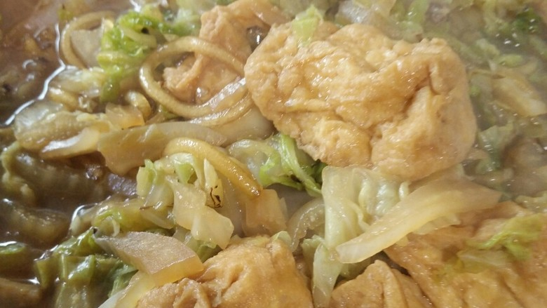 白菜粉条豆泡炖一锅