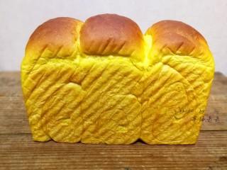 最爱面包+南瓜吐司,出炉咯!