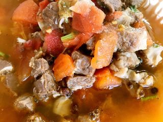 西红柿牛腩汤