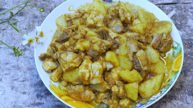 咖喱土豆炖鸡块,有食欲