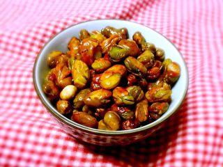 香酥蚕豆,炸好的蚕豆稀酥蹦脆