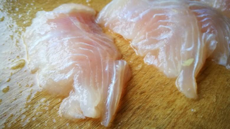 家宴菜谱~鸡鸭鱼肉之水煮鱼片,将鱼片成片