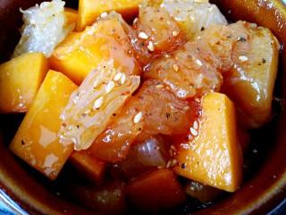 #感恩节食谱#南瓜蜜柚烤鸡肉,撒白芝麻,淋几滴橄榄油或玉米油