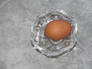 火腿肠蛋烧,准备一个鸡蛋