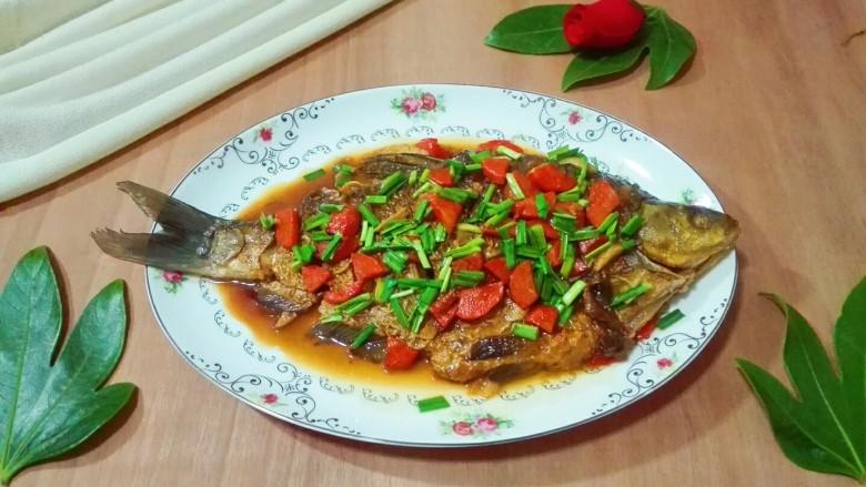 糖醋胡萝卜鳊鱼