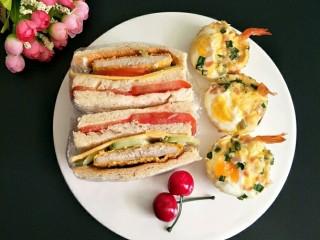 最爱面包+鸡肉三明治餐,全部做好摆盘