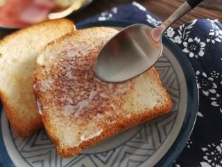 三明治,薄薄的一层就可以