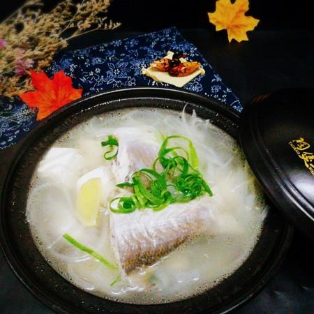 #感恩节食谱#+午鱼萝卜丝豆腐汤
