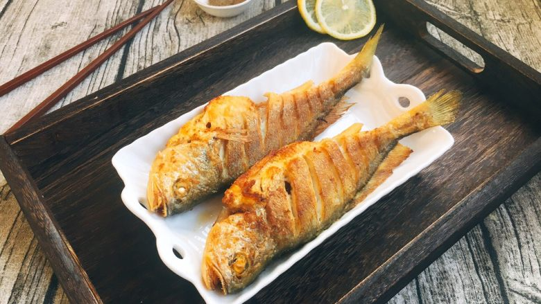 #感恩节食谱# 香煎小黄鱼
