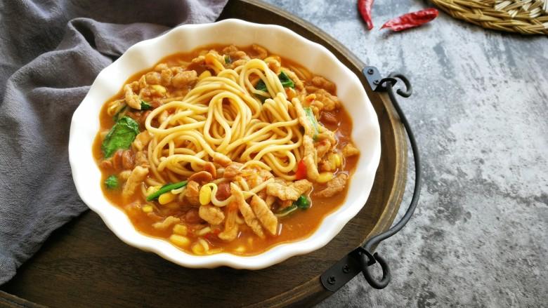 #一碗面条#肉丝炝锅面,成品,我感觉炝锅面,要不稠不稀才好吃。