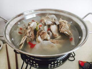 #感恩节食谱# 锅仔萝卜羊排,哈哈,满屋飘香啊!