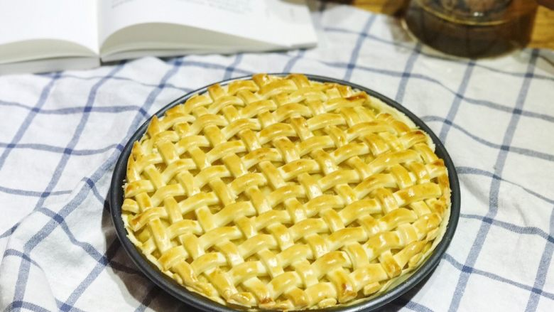 披萨模具也能做的酥皮苹果派