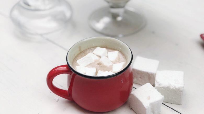 经典棉花糖,可以煮一杯热巧克力、也可以直接吃