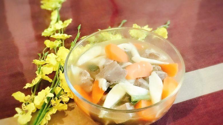 胡萝卜山药炖羊肉汤