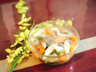胡萝卜山药炖羊肉汤,冬天喝羊肉汤滋补保养