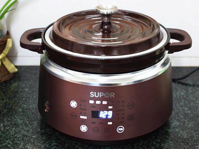 香辣土豆烧鸡,遮上锅盖,时间调整为1小时30分