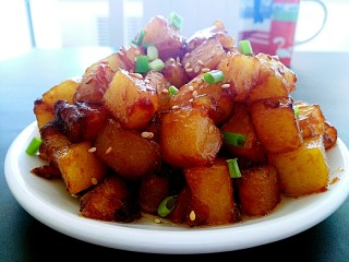 圆土豆+糖醋土豆丁,成品图好好吃 酸酸甜甜特别