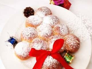 圣诞季之圣诞树面包,圣诞快乐。
