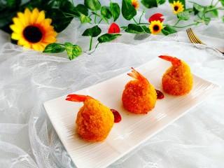 圆土豆+凤尾土豆虾球,成品图