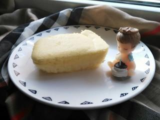 酸奶蛋糕,还没来的及拍照就快被吃完了