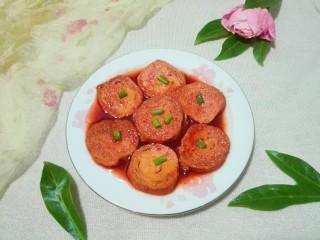 花儿一样的玫瑰腐乳素肠,出锅盛盘撒葱花
