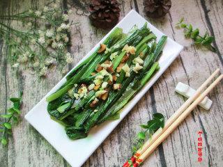 蒜蓉油麦菜,蒜蓉油麦菜做起来简单又非常受欢迎~