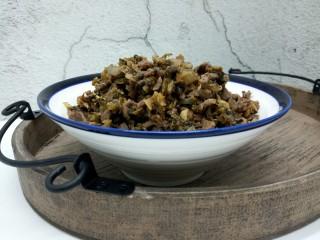 天冷 那就来碗热汤面 ,炒好的芽菜,也可以当做下饭菜