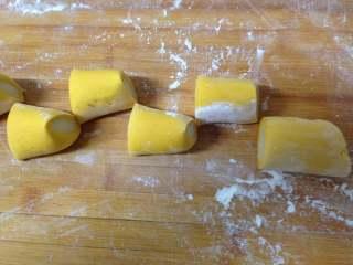 金鱼馒头, 切成大小一致的剂子