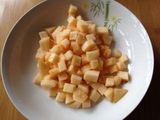 苹果软曲奇,苹果洗干净去核切成小丁