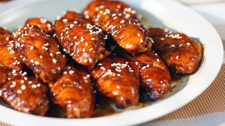 【可乐鸡翅】懒人小白也能做的美味鸡翅,端上桌分分钟被抢光!